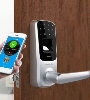 Bluetooth Enabled Fingerprint and Touchscreen Smart Lock