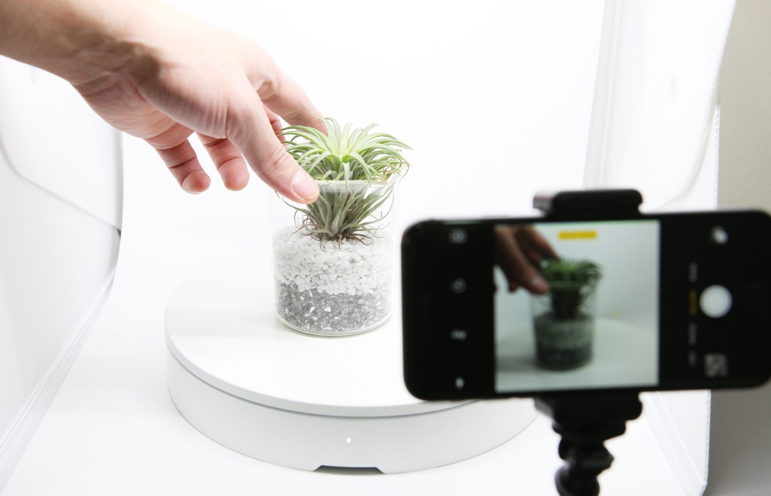 Foldio360 A Smart Turntable to Create Stunning 360 Images
